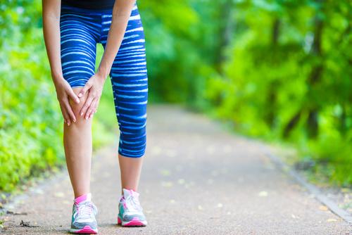 Douleurs du genou lors du sport nécessitant un avis du docteur Simian à Périgueux